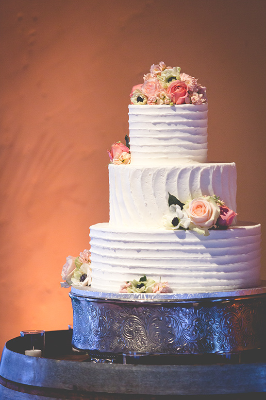 three tiered wedding cake @weddingchicks