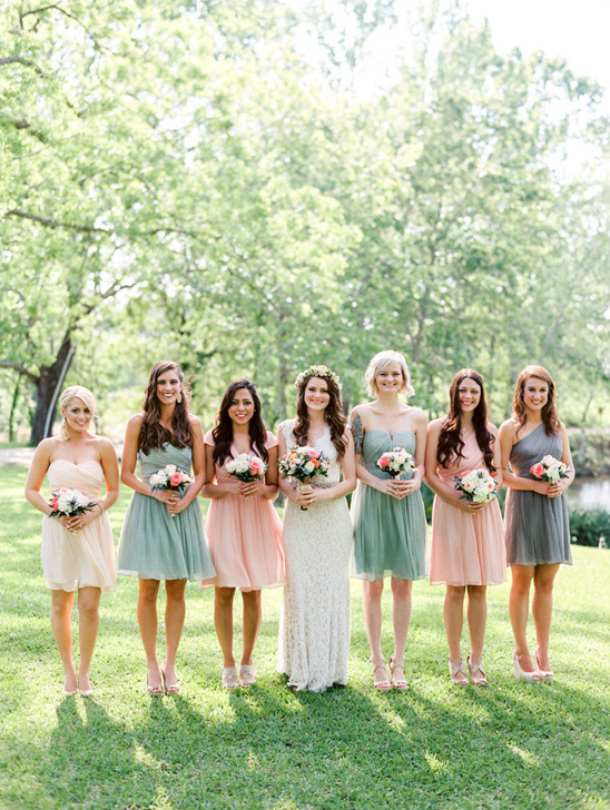 mint and peach bridesmaids @weddingchicks