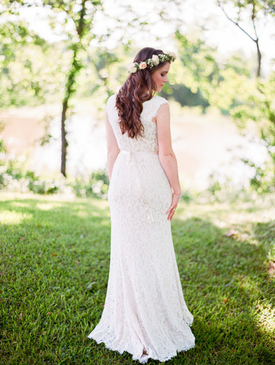 wedding dress by Tadashi Shoji @weddingchicks