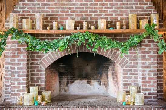 fireplace decor @weddingchicks