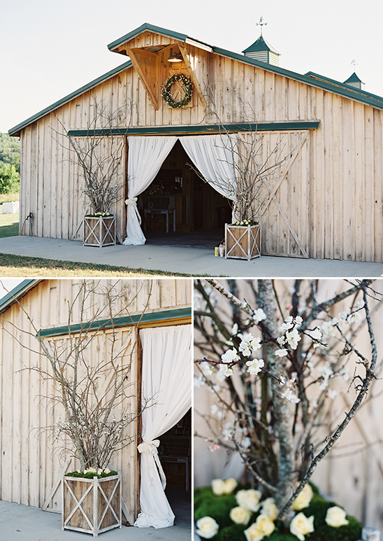 branches floral decor @weddingchicks