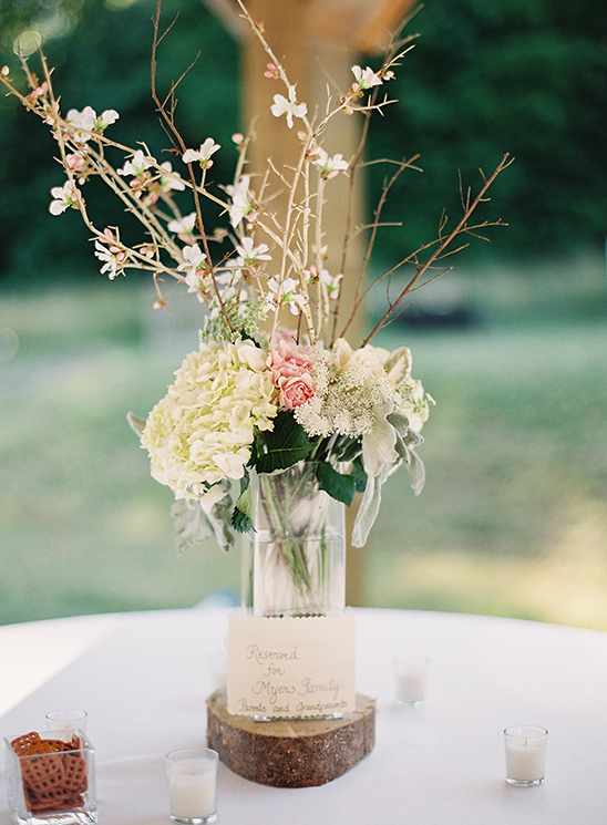 tall floral centerpiece @weddingchicks