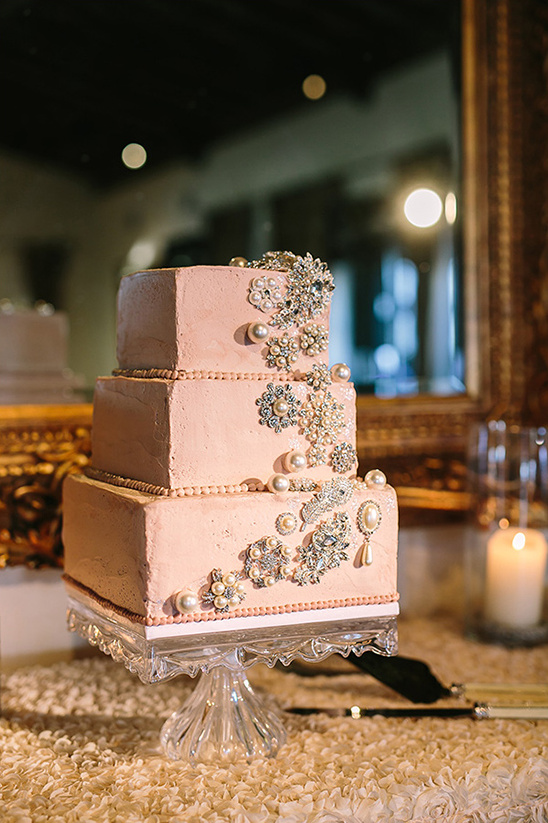 bedazzled wedding cake @weddingchicks