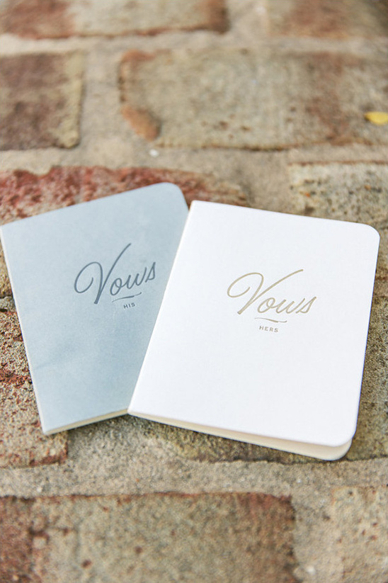 vow booklets @weddingchicks