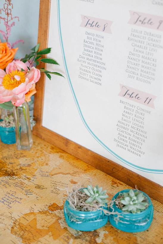 pretty wedding seating chart @weddingchicks