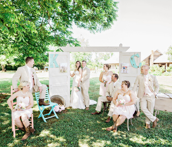 tan and pink wedding party @weddingchicks