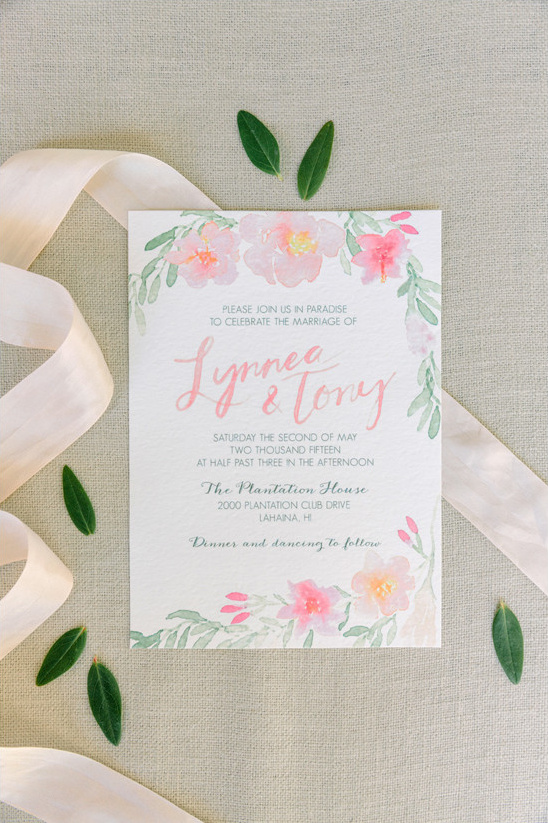 wedding invitations by Lynnea + Co @weddingchicks