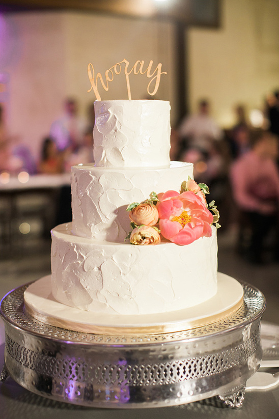 white wedding cake with flowers @weddingchicks
