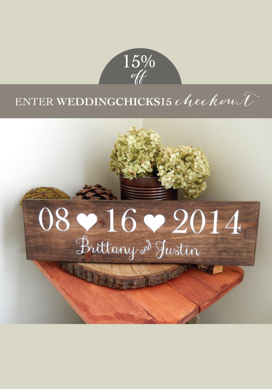 Pretty Wood Wedding Sign by Natural Designs by Rio @weddingchicks