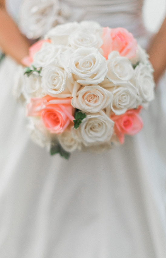 rose wedding bouquet @weddingchicks