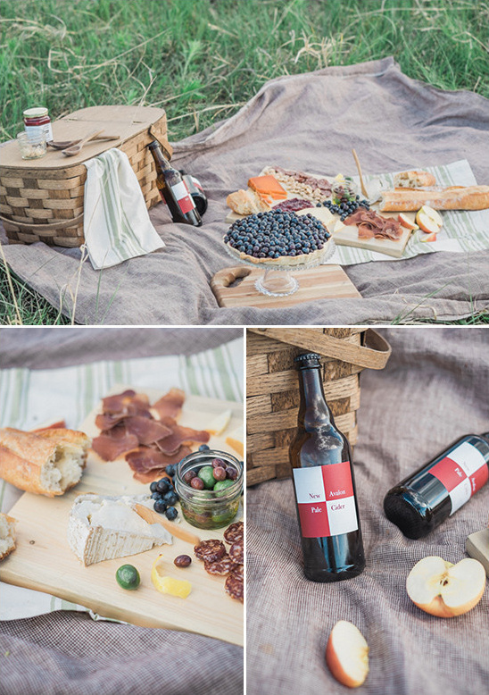 picnic for the wedding @weddingchicks