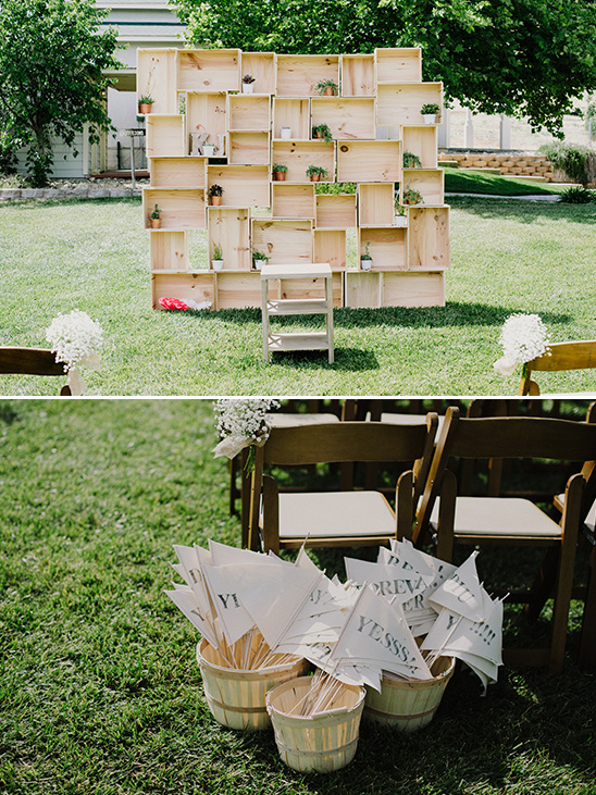 stacked crate ceremony backdrop @weddingchicks