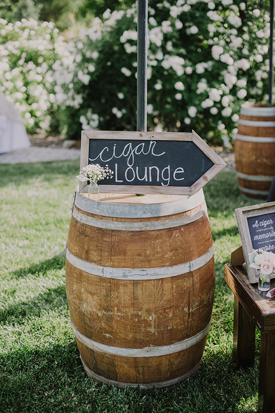 cigar lounge wedding sign @weddingchicks