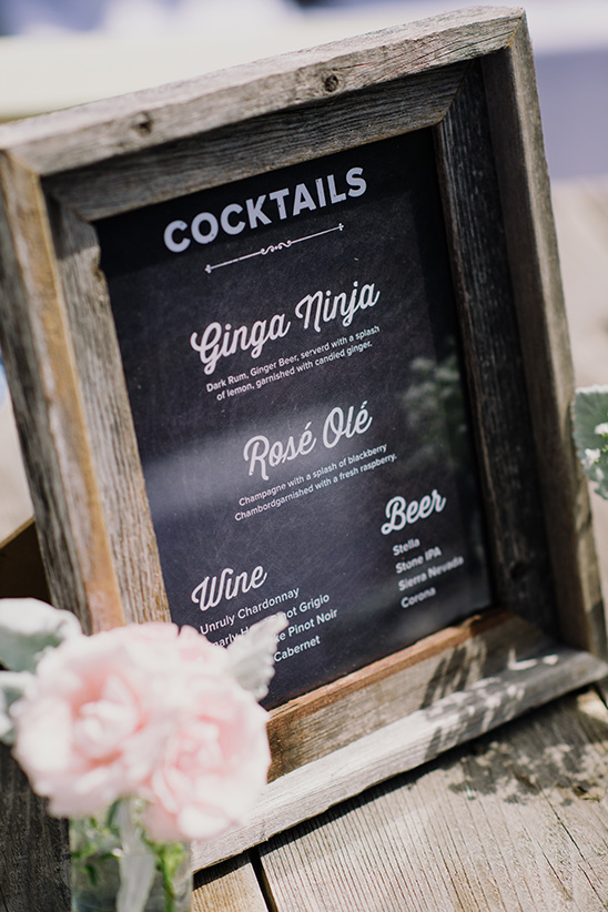 cocktail sign @weddingchicks
