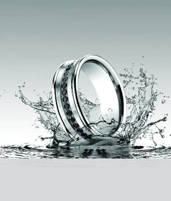 Affordable wedding bands from Just Mens Rings @weddingchicks
