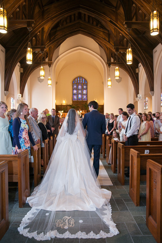 cathedral wedding @weddingchicks