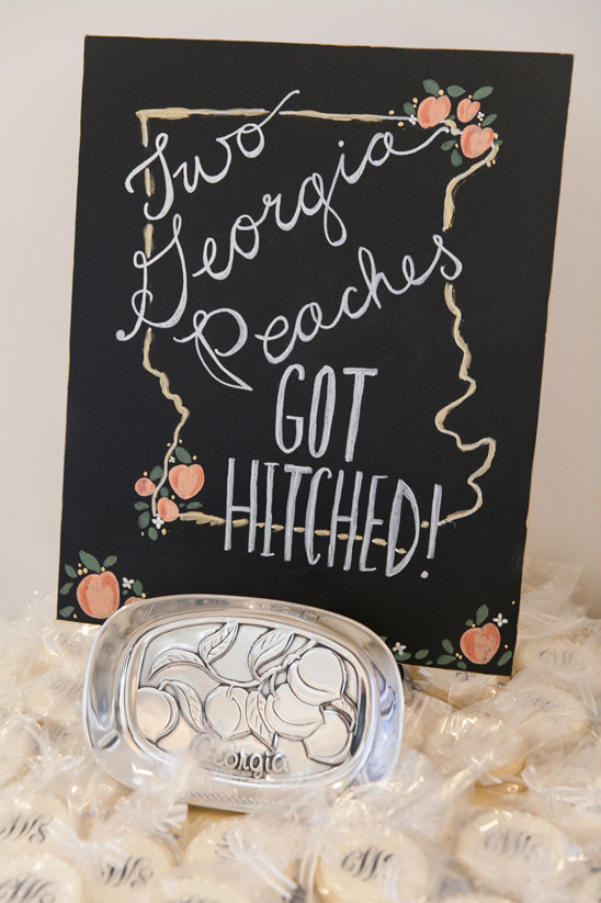 georgia wedding sign @weddingchicks