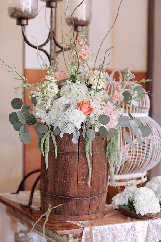 flower arrangement ideas @weddingchicks