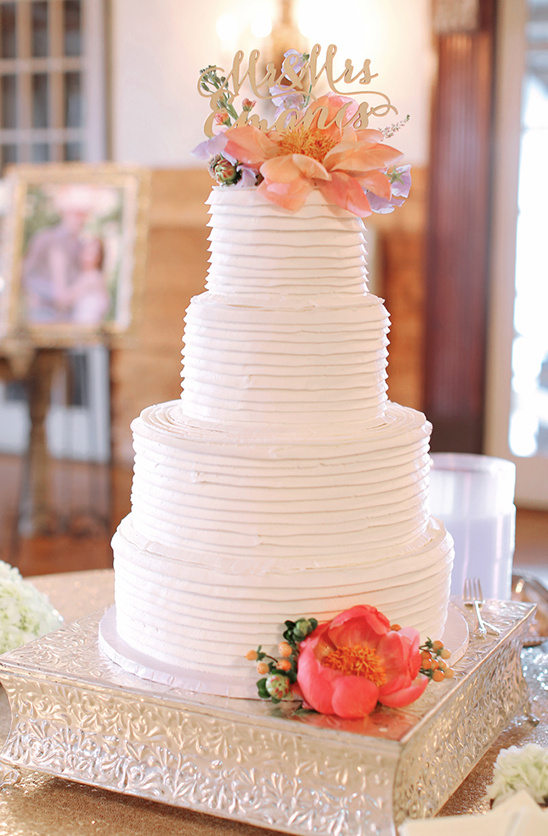 three tier white wedding cake @weddingchicks