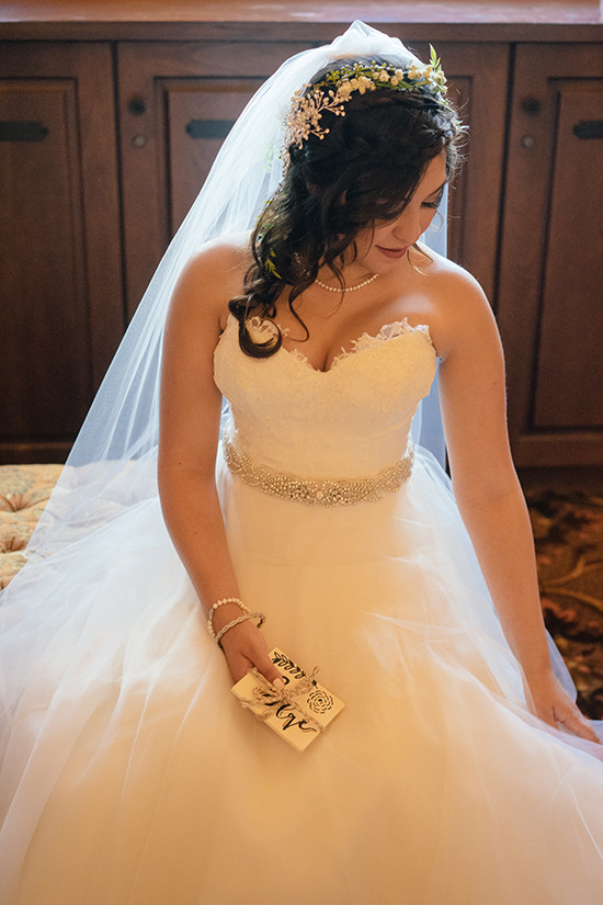 sweetheart neckline @weddingchicks