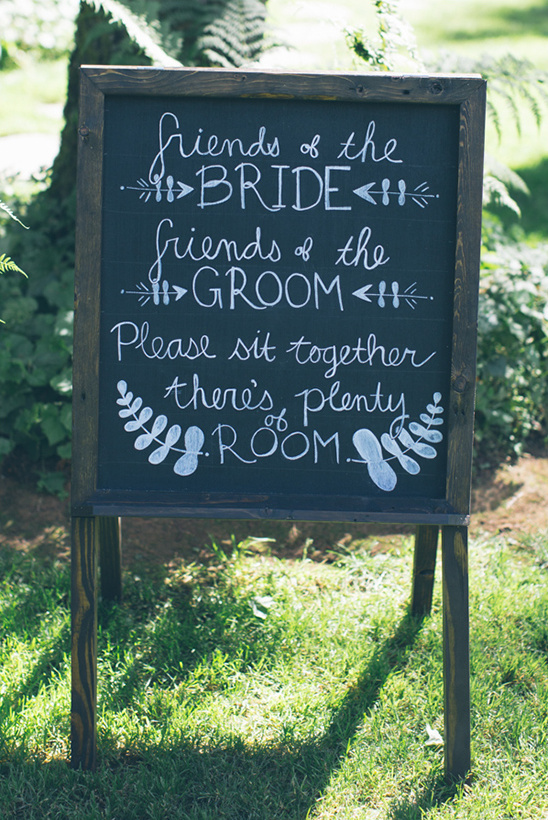 weddng ceremony seating sign @weddingchicks