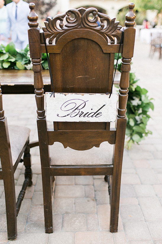 bride wedding chair sign @weddingchicks