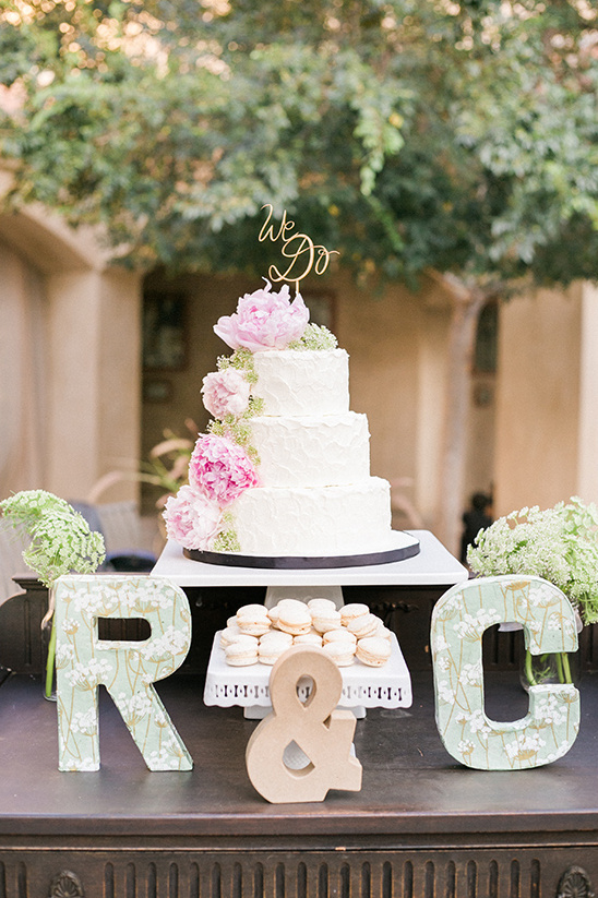 monogram dessert table idea @weddingchicks