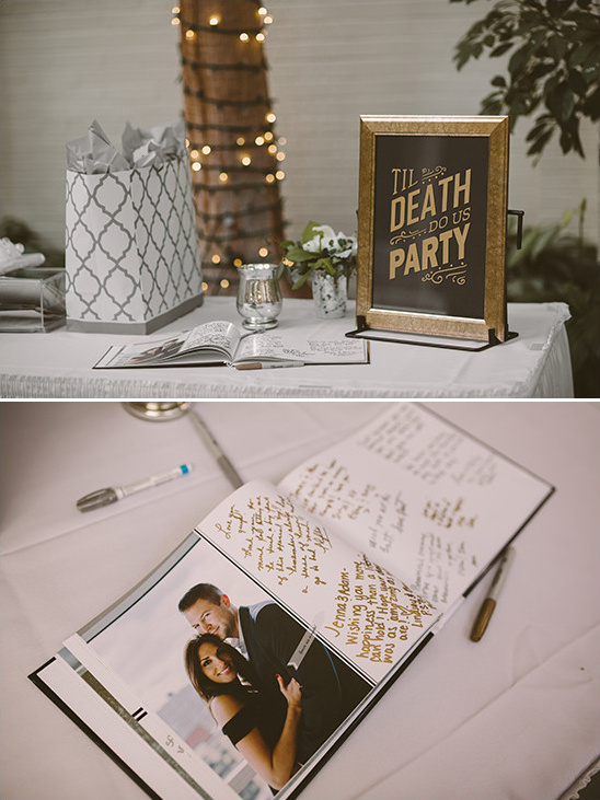 guest book table sign @weddingchicks