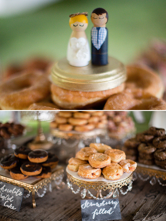 donut tower cake topper @weddingchicks