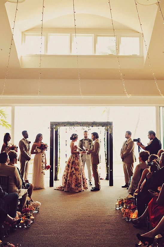 Hawaii wedding ceremony @weddingchicks