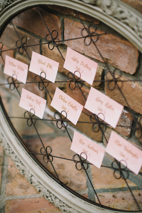 watercolor escort cards @weddingchicks