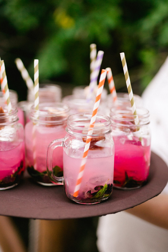 berry cocktail @weddingchicks