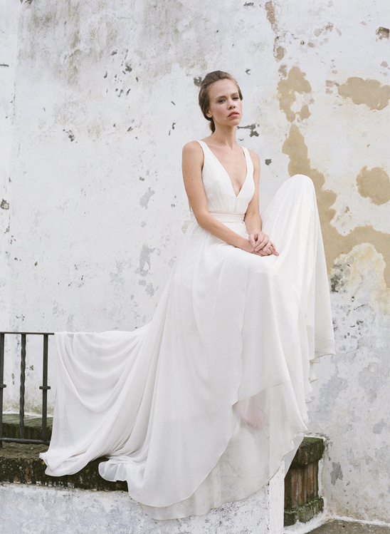 Brianna dress from 2016 Truvelle collection @weddingchicks