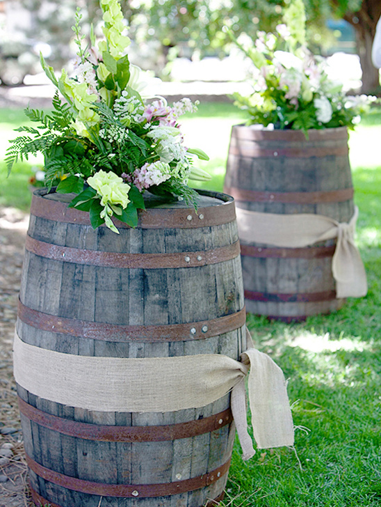 whiskey barrel diy @weddingchicks