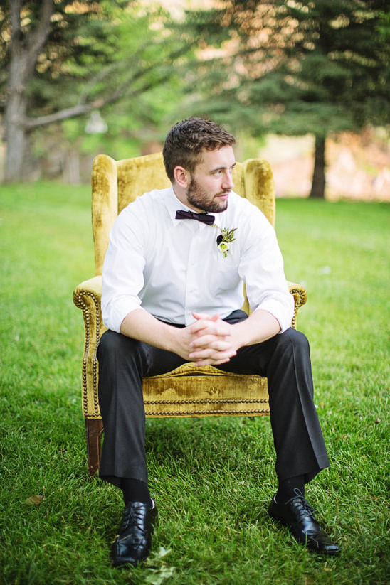 groom portrait @weddingchicks