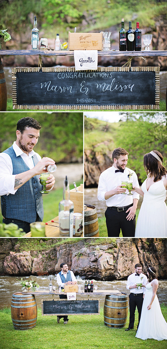 outdoor wedding bar @weddingchicks