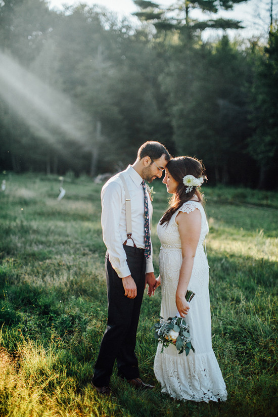 rustic farm wedding ideas @weddingchicks