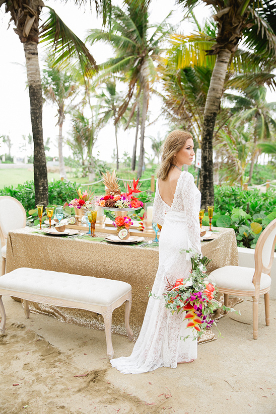 tropical wedding details @weddingchicks