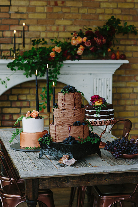 unique wedding cake ideas @weddingchicks