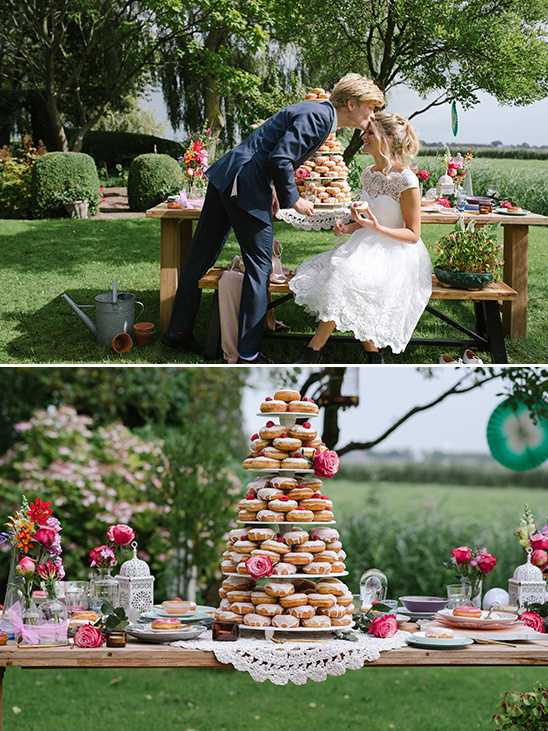 fun donut dessert bar @weddingchicks
