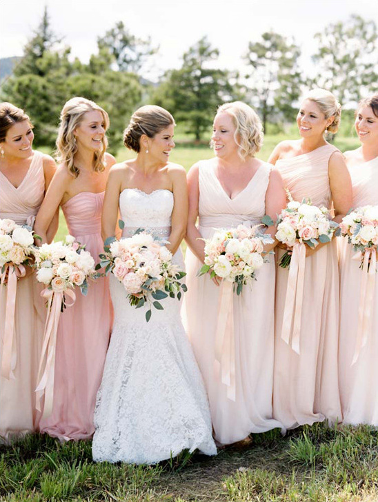 pastel bridesmaids @weddingchicks
