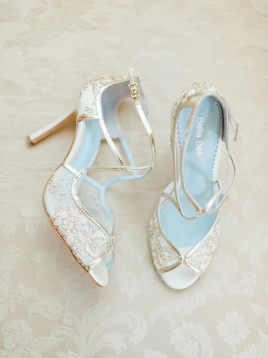 bridal shoes @weddingchicks