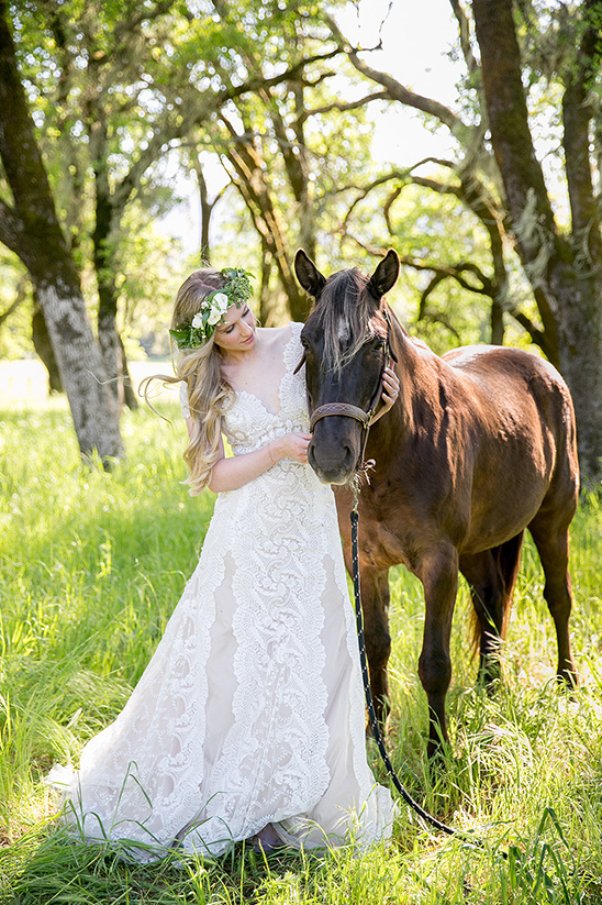 rustic and romantic wedding ideas @weddinghicks