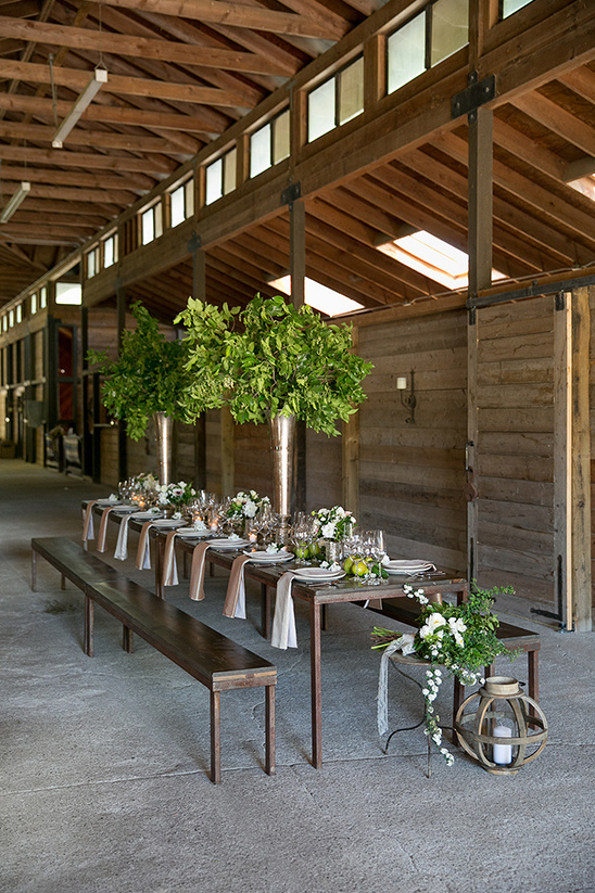 barn wedding reception @weddinghicks