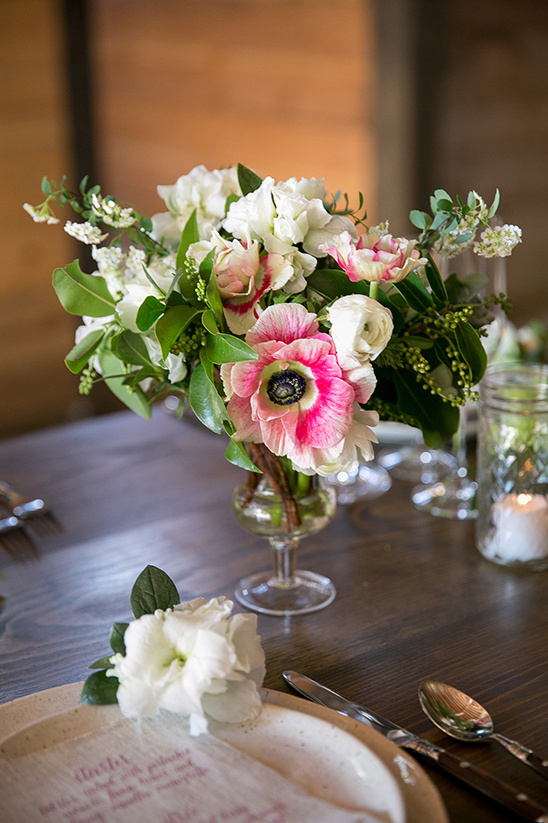 pink floral centerpiece @weddinghicks