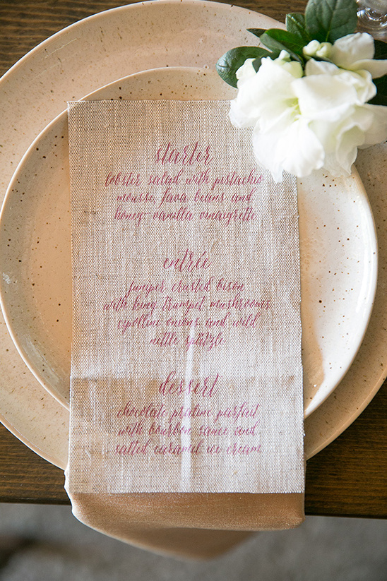 burlap wedding menu @weddinghicks