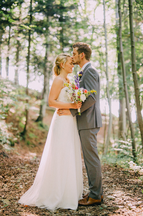 wedding in the woods @weddingchicks
