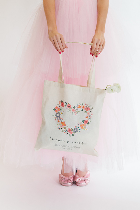 welcome wedding tote @weddingchicks