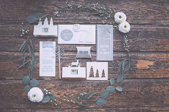 winter wedding invites @weddingchicks