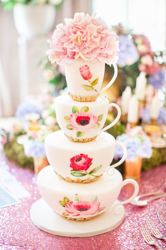 tea cup cake @weddingchicks